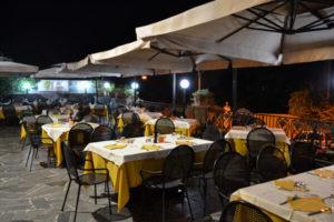 tavoli-terrazza-esterna