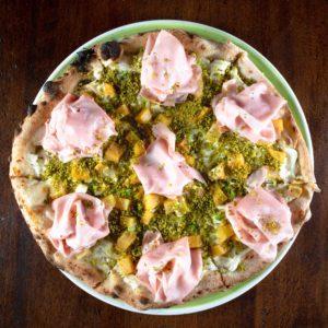 pizza-mortadella-patate-pistacchio